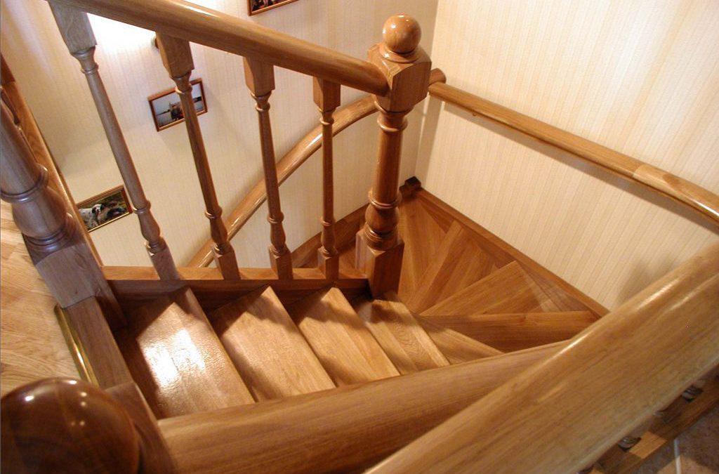 Делаем лестницу на второй этаж самостоятельно: сборка и установка