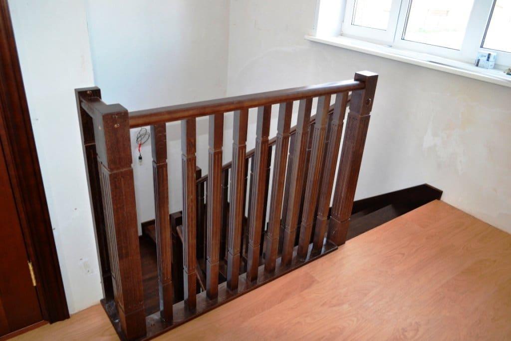 Ограждения для лестниц — типы и характеристики фото